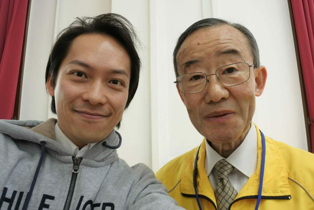 資料館スタッフの伊庭野さんと岡本教兵