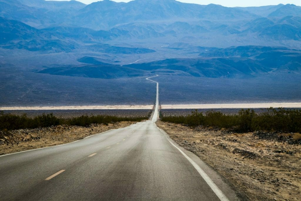 丘へ続く道-目標-目的