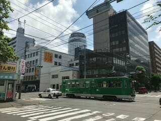 活況-札幌市電通り