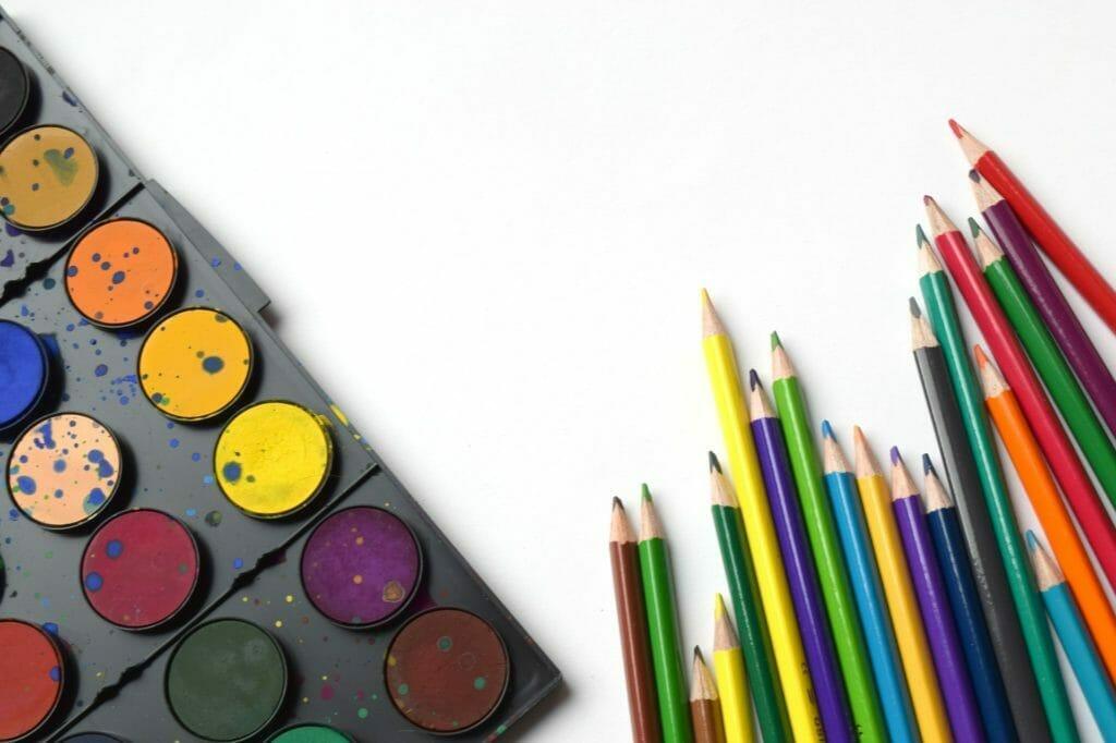 カラフルな文房具-十人十色の個性