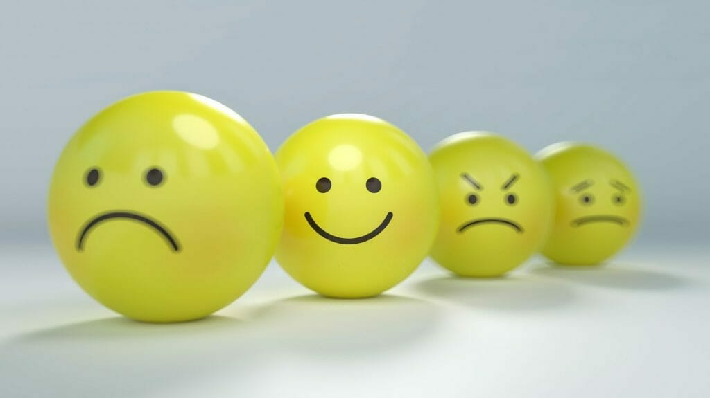 笑顔や不安や緊張の表情