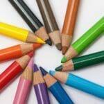 カラフルな色鉛筆-人それぞれの個性