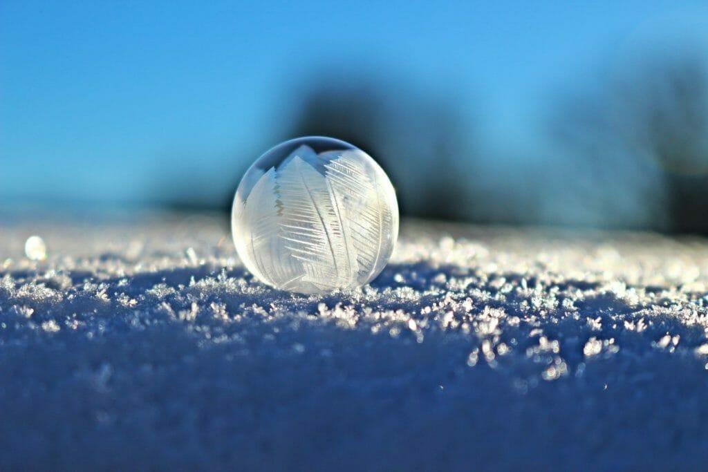 冬の気持ち-シャボン玉
